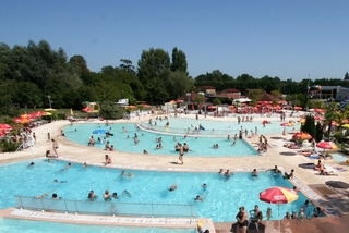 Aquapark Saint-Laurent-des-Vignes